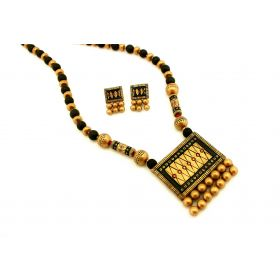 Traditional Dazzling Terracotta Jewellery Set (Rich Gold)